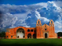 La Iglesia de San Miguel en Yucatán.