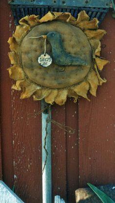 Primitive Sunflower Crow Pattern Epattern Door by Hickety Pickety Primitive Kunst, Primitive Fall, Primitive Crafts, Country Primitive, Primitive Christmas, Summer Crafts, Fall Crafts, Arts And Crafts, Pinterest Christmas Crafts