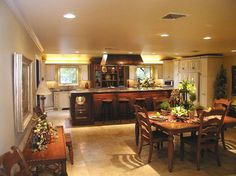 Showcase Of Beautiful And Overwhelming Large Luxury Kitchens 16