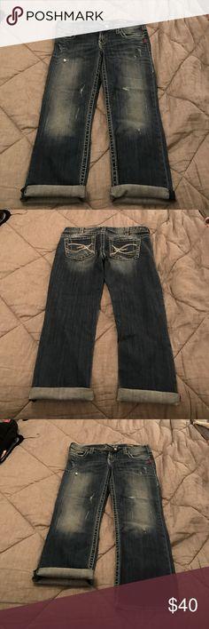 Silver Tuesday Capri. Size 31. HARDLY WORN Silver Tuesday Capri. Size 31. $40 OBO. Silver Jeans Pants Capris