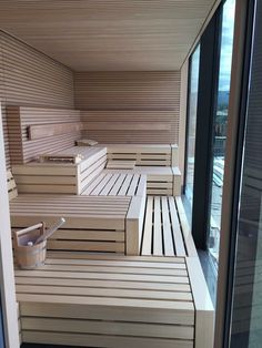 A house sauna may likewise help your friends and family keep healthy and loose. It's a handy and cheap technique to get pleasure from a resort life-st. Sauna House, Sauna Room, Bathroom Design Inspiration, Bathroom Interior Design, Design Ideas, Sauna Seca, Indoor Sauna, Traditional Saunas, Sauna Design