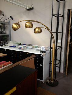 Un preferito personale dal mio negozio Etsy https://www.etsy.com/it/listing/270086724/piantana-italian-design-in-metallo