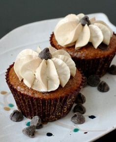 Oatmeal Chocolate Chip Cupcakes with Brown Sugar Buttercream | Love and Olive Oil