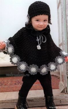 Baby Poncho Crochet Poncho Baby 42 Ideas For 2019 Crochet Baby Poncho, Crochet Toddler, Crochet Poncho Patterns, Baby Girl Crochet, Crochet Baby Clothes, Crochet For Kids, Easy Crochet, Baby Knitting, Crochet Hats