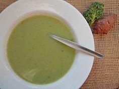 Zupa z topinambura i jarmużu