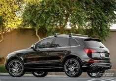 "Audi Large SUV | 2014 Audi SQ5 with 22"" CEC C883 SUV in Black (Magic) wheels"