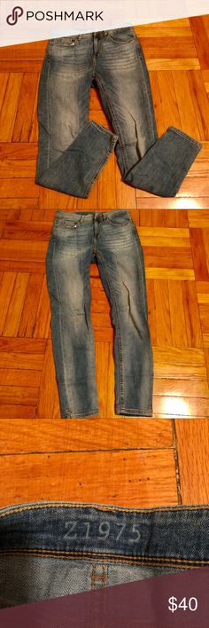 Zara Jeans Skinny Fit - Lighter Wash - Size EU38/6 Great condition. Zara lighter-wash denim jeans in a skinny fit. Size 38 (US 6), but I find Zara jeans run small (I'm normally a 4 in other jeans). But these do have some give/can stretch! Flattering fit. Zara Jeans Skinny