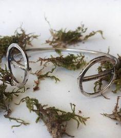 #mideeconcept #925silver #bracelet #women #fashion #contemporaryart 925 Silver Bracelet, Silver Earrings, Silver Necklaces, Unique Bracelets, Unique Jewelry, Mens Silver Rings, Silver Charms, Bracelet Making, Gold