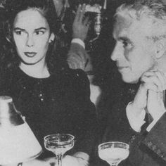 Silent movie legend Charlie Chaplin and his wife Oona O'N… | Pinterest