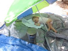 Tips for Camping with a One Year Old, good idea to take pre portioned formula so you don't have to worry about keeping cows milk cold!! Keeper! Camping Survival, Camping Hacks, Beach Camping Tips, Camping Activities, Van Camping, Bushcraft Camping, Camping Glamping, Camping Gadgets, Camping Life