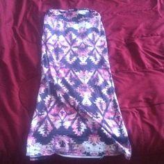 Maxi skirt!!! Beautiful skirt to wear in the summer..dress up or dress down. Iris & Navy Skirts Maxi