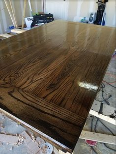 Just made this red oak table top stained in Jacobean/Ebony mix stain and semi gloss poly http://ift.tt/2fahZF3