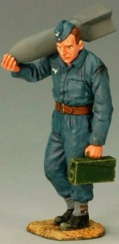 World War II German Luftwaffe LW006 Ground Crewman with Bomb - Made by King and Country Military Miniatures and Models. Factory made, hand assembled, painted and boxed in a padded decorative box. Excellent gift for the enthusiast.