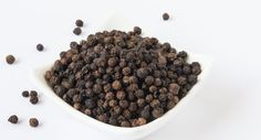 8 Health Benefits of Black Pepper (And How to Get More of It)