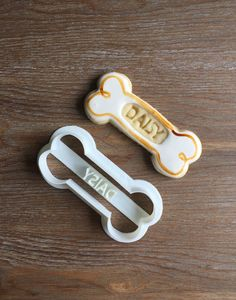 Awesome customized dog bone cookie made by Nutmeg Cookies using our cutter!