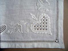 hilo刺繍教室 - Gallery > Gallery 1 Hardanger Embroidery, Embroidery Stitches, Embroidery Designs, Drawn Thread, Thread Work, Brazilian Embroidery, Needlepoint, Needlework, Cross Stitch