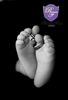 I want to do this for sure!!  Newborn Picture