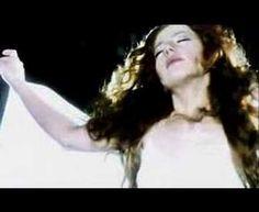 http://www.meyra.org Beautiful singer Meyra performs(Albinoni)Adagio-Elveda in Turkish and İtalian. The place in the music video is St.İrene-Aya İrini/İstanbul