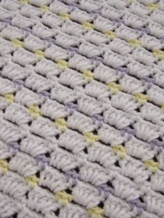 Dekentje (met link naar gratis patroon) / blanket (with link to free pattern)