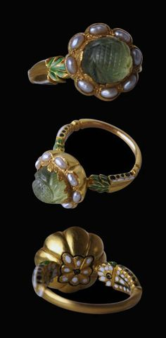 North India | Carved emerald, pearl, enamel and 18k gold ring | 19th century | The Mughal emperors and other Indian princely families had a genuine passion for precious stones and pearls - among the stones most prized were emeralds, particularly carved emeralds.