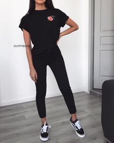 All-Black Outfit Ideas That Are Seriously Chic www.bloody-fabulo… A black outfit is the perfect canvas for a pop of color in your accessories. Source by Homebop Tumblr Outfits, Mode Outfits, Stylish Outfits, School Outfits, Skater Outfits, Scene Outfits, Skater Dresses, Stylish Clothes, School Ootd