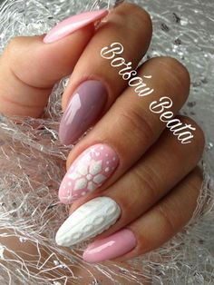 50 Beautiful Stylish and Trendy Nail Art Designs for Christmas Winter Nail Designs, Winter Nail Art, Christmas Nail Designs, Christmas Nail Art, Nail Art Designs, Christmas Night, Christmas Design, Trendy Nail Art, Cute Nail Art