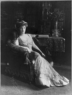 """Portrait of Mrs. Otto Hermann Kahn (née Adelaide """"Addie"""" Wolff), March 15, 1912.    Addie Kahn was the wife of Otto Hermann Kahn (1867-1934), a wealthy New York investment banker."""
