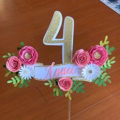 Diy Cake Topper, Custom Cake Toppers, Birthday Cake Toppers, Cake Topper Tutorial, Cake Birthday, Cupcake Toppers, Diy Birthday Decorations, Birthday Crafts, Paper Decorations
