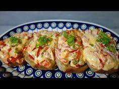 Pyszne śniadanie w kilka minut PRZEPIS Chrupiące kanapki na ciepło / Breakfast / Frühstück - YouTube Baked Potato, Potatoes, Chicken, Meat, Baking, Ethnic Recipes, Food, Youtube, Recipies