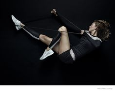 Nike x Pedro Lourenço–Activewear brand Nike is teaming up with Brazilian designer Pedro Lourenço for a line of activewear and shoes for modern women. Karlie Kloss was tapped as the campaign star in images that show her displayingher svelte physique in everything from neoprene jackets to sneakers with three clothing looks and two footwear options. …