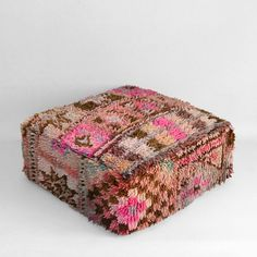 Moroccan Pouf, Moroccan Decor, Vintage Pillows, Interior Decorating, Interior Design, Floor Cushions, Home Reno, Neutral Tones, Hand Weaving