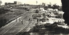 Title: View of Katoomba Railway Station (NSW) and Carrington Hotel under construction Dated: c. 31/12/1884