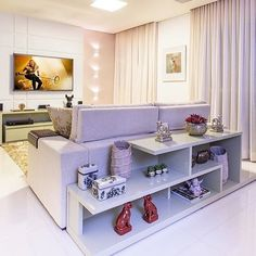 Make the most of your space with these decorating ideas for small rooms from top designers. Home Living Room, Apartment Living, Interior Design Living Room, Living Room Designs, Living Room Decor, Interior Decorating, Decorating Ideas, Home Decor Furniture, Luxury Living