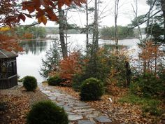 lake frontage landscaping   Waterfront Homes in Nova Scotia