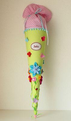 """Schultüte """"Blumenwiese"""" , Zuckertüte von Anastasiyas Stoffmärchen auf DaWanda.com"""