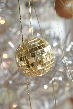 Sparkling Ornaments - New Year's Eve