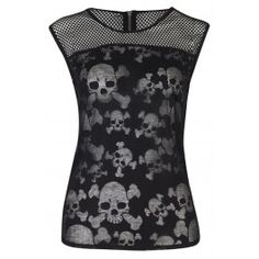 Top Gothic Fashion Tips To Keep You In Style. As trends change, and you age, be willing to alter your style so that you can always look your best. Consistently using good gothic fashion sense can help Skull Fashion, Dark Fashion, Gothic Fashion, Lolita Fashion, Gothic Outfits, Emo Outfits, Cute Outfits, Skater Outfits, Disney Outfits