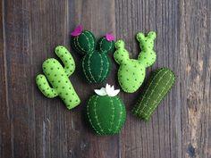 Mixed Cactus Set Felt Cactus Cactus Decor Cactus Nursery Bedroom Decor Saguaro Prickly Pear Felt Plants Flowering Cactus Succulents by lovesashnlala on Etsy Decoration Cactus, Cactus Craft, Felt Crafts, Diy And Crafts, Cactus Flower, Cactus Cactus, Prickly Cactus, Garden Cactus, Cactus Pictures