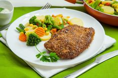 Indyk w otrębach z sosem pietruszkowym Steak, Food, Essen, Steaks, Meals, Yemek, Eten