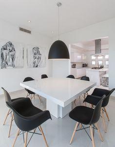 Buscá imágenes de diseños de Comedores estilo minimalista de Grupo Arsciniest. Encontrá las mejores fotos para inspirarte y creá tu hogar perfecto.