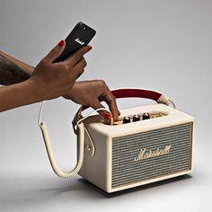 Marshall KILBURN マーシャル「キルバーン」 Bluetooth搭載のポータブルスピーカー