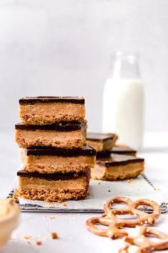 Peanut Butter Cookie Bars, Peanut Butter Pretzel, Creamy Peanut Butter, Brownie Toppings, Brownie Bar, Brownie Recipes, Fudge Brownies, Homemade Brownies, Gluten Free Pretzels