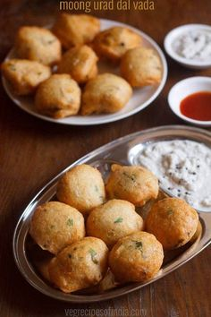 mix dal vada recipe with step by step photos - tasty vadas made from moong dal and urad dal. this mixed dal vada are spongy, porous from inside and crisp from outside. Pakora Recipes, Veg Recipes, Indian Food Recipes, Gourmet Recipes, Vegetarian Recipes, Snack Recipes, Cooking Recipes, Urad Dal Recipes, Jain Recipes