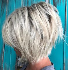 Ash Blonde Layered Bob with Black Root #BlondeHairstylesMedium
