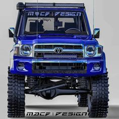 Carros Toyota, Land Cruiser 70 Series, Toyota Usa, Suzuki Jimny, Toyota Trucks, Toyota Land Cruiser, Offroad, Monster Trucks, Cars