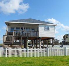 Leisure Time - 2 bedroom/2 bath - sleeps 6; beachside, 2nd row in Sunny Beach; Sand 'N Sea Properties LLC, Galveston, TX