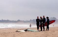 Ribamontán al Mar se acaba de convertir en el primero de España en declarar sus playas y rompientes 'Reserva Natural de Surf'.