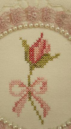 Cross Stitch Tree, Cross Stitch Heart, Cross Stitch Cards, Cross Stitch Borders, Cross Stitch Animals, Cross Stitch Flowers, Cross Stitch Designs, Cross Stitch Embroidery, Cross Stitch Patterns