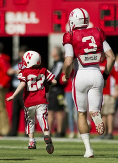 Cancer is in remission for a boy who scored a touchdown for a Nebraska football team.