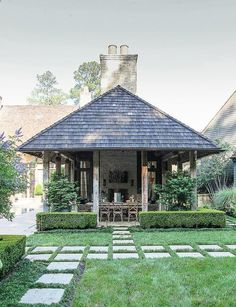 Pavers ! Hillside manor house, Buckhead, Atlanta. Via Land Plus Associates.